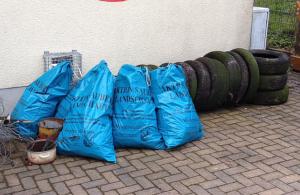 Abfall, der auf Kosten von Steuerzahlern und Umwelt illegal entsorgt wurde.